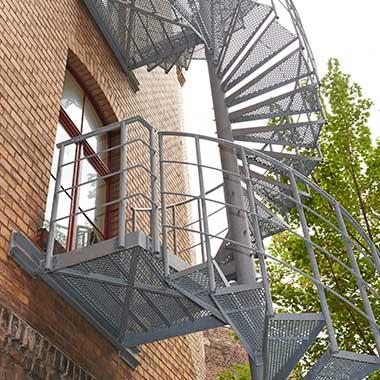 Rettungswege Fluchttreppen Feuertreppen Feuerleitern Koln